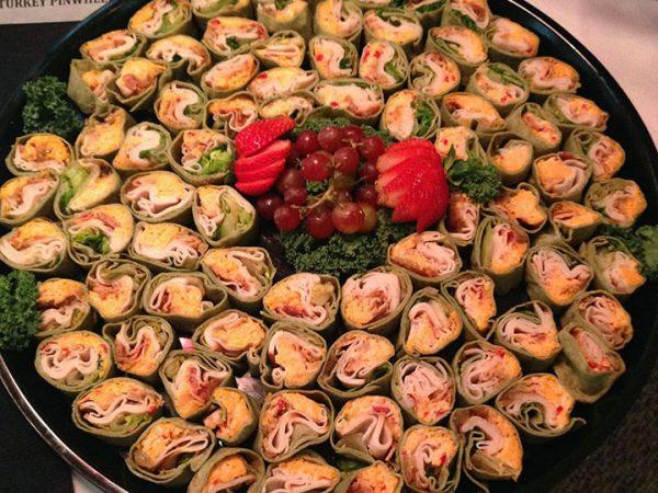 Gelliotscatering-turkeypinwheels